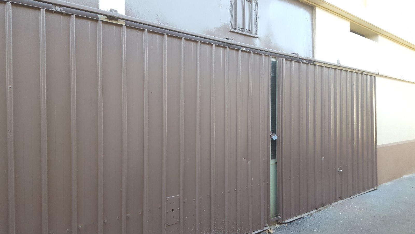 Vente 13010 ancien atelier env 40m2 for Taxe fonciere garage prix